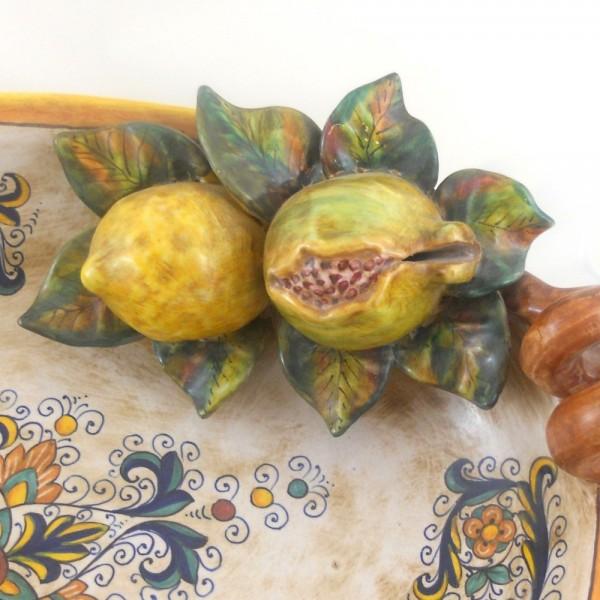 Centro tavola con applicazioni di frutta ricco deruta da cm 46 maioliche artemisia - Centro tavola con frutta ...